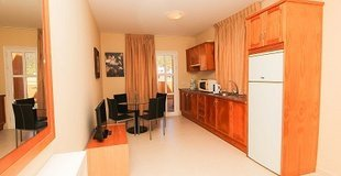 2 BEDROOM APARTMENT WITH PATIO (2-4 PERSONS) Coral Los Silos - Your Natural Accommodation Choice